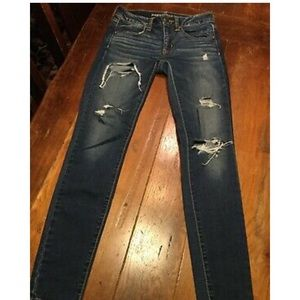 Womens Size 2 American Eagle Jegging Jeans Ripped
